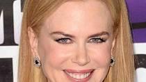 Nicole Kidman už s mimikou moc nečaruje. V Sedmilhářkách to bylo hodně vidět.