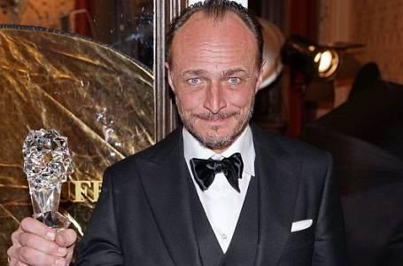 Herec Karel Dobrý.