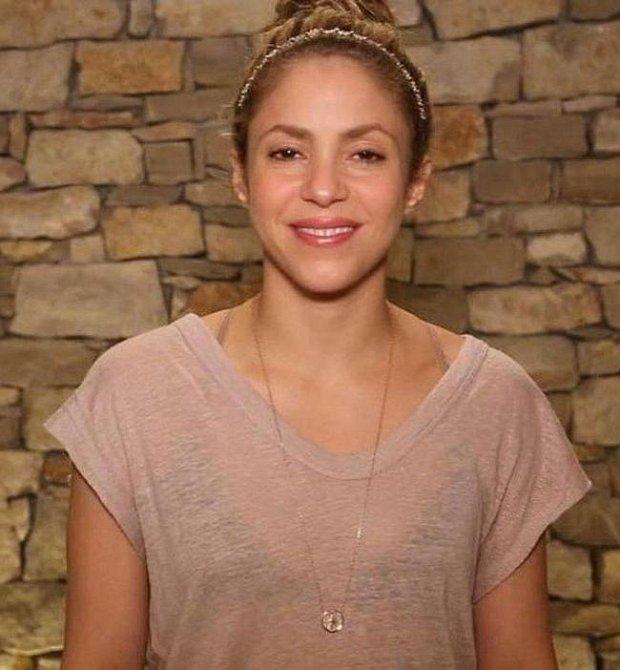 A Shakira v reálu bez make-upu a úprav ve photoshopu