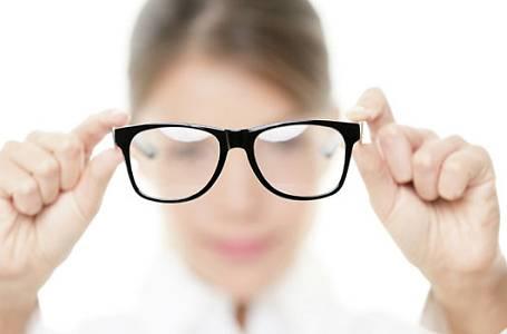 Problém se zrakem má každý čtvrtý. Týká se to i vás?