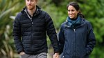 Podpatky smí Vévodkyně sundat pouze a jedině, pokud se účastní akce v přírodě.