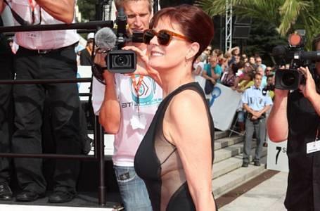 Svět celebrit: Módní policie na filmovém festivalu ve Varech. Tihle byli na pokutu!
