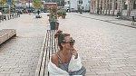 Sara Kristin je aktivní na sociálních sítích. Její fotografie jsou její obživou. Daří se.