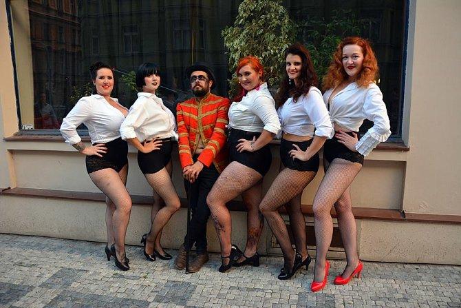 Sen se stal skutečností - Kabaret Punklesque.
