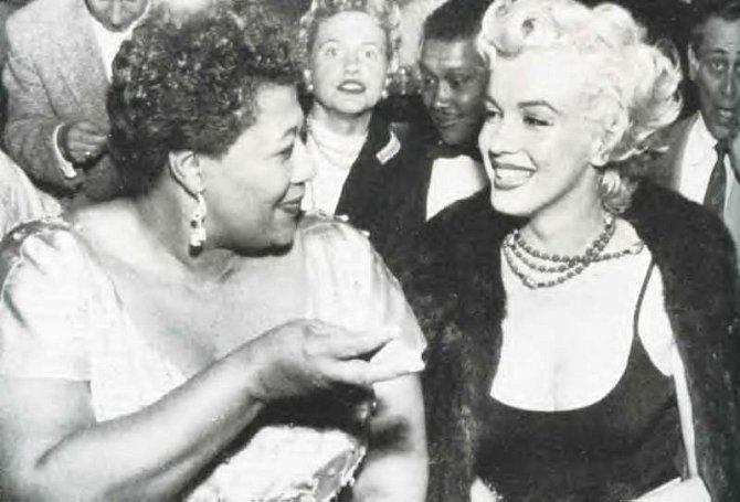 11. Zpěvačka Ella Fitzgerald zřejmě vděčí Marilyn Monroe za kariéru. Pro Ellu coby černošku bylo v té době nemyslitelné, aby vystupovala na jevišti. Marilyn jí ale pomohla. Zavolala majiteli populárního hollywoodského klubu a slíbila...