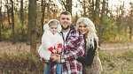 Mandy se svým mužem a dcerou.
