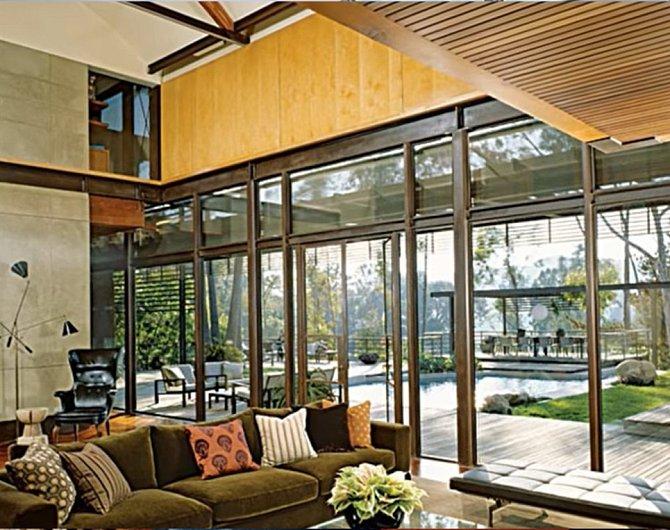 Obývák je zařízen velmi moderně.