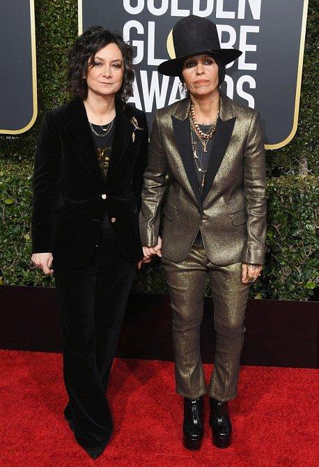 Sara Gilbert a Linda Perry