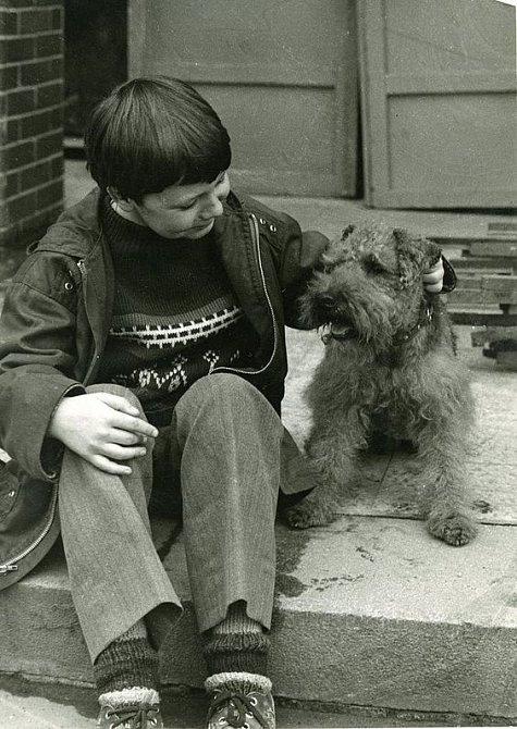 S velšteriérem Altonem při natáčení filmu Prázdniny pro psa.