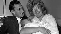 Vanessa Redgrave byla vdaná za režiséra Tonyho Richardsona pět let a měli spolu dvě děti.