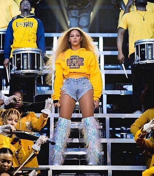 Beyoncé jedna z účinkujících hvězd letošního ročníku.
