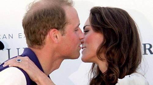 Horký kafe: Kate je těhotná. Co čeká královské dítě?