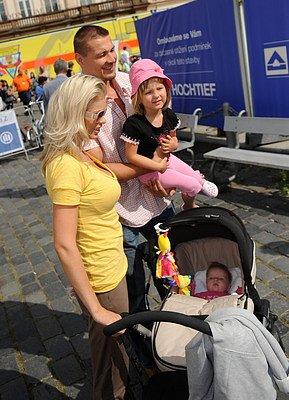 Jáklovi s dcerami