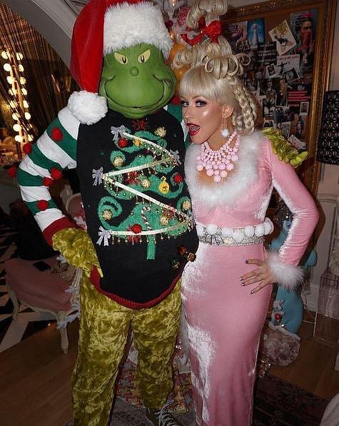 Christina Aquilera oslavila ve velkém své nedávné narozeniny, Štědrý den a chystá se i na velkolepou oslavu konce roku.