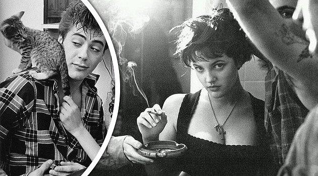 Detail Barrymore Downey