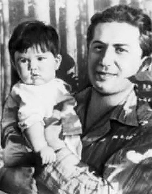 Jakov Džugašvili s dcerou Galinou