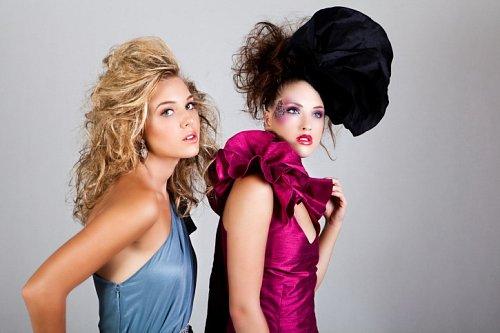 ba819941654 Jak si vybrat nejlepší plesové šaty