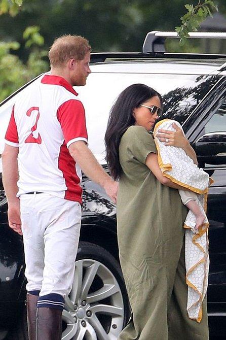 Princ harry s vévodkyní Meghan využívají pomoci Dorie jen mimořádně.