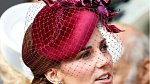 Kate je nekorunovanou královnou kloboučků.