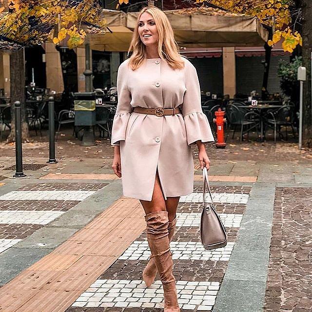 Laura Brioschi má styl a velikost 44 jí v něm nepřekáží.