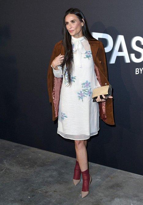 Demi Moore svého stylistu neměla poslouchat...