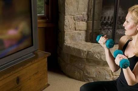 Jak být fit během reklamní pauzy