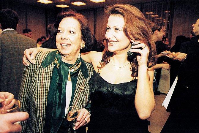 Yvonne Přenosilová se zpěvačkou Blanarovičovou