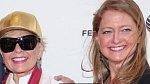 Roseanne Barr - herečka, která se proslavila sitcomem Roseanne, porodila svou první dceru ve svých 18 letech.