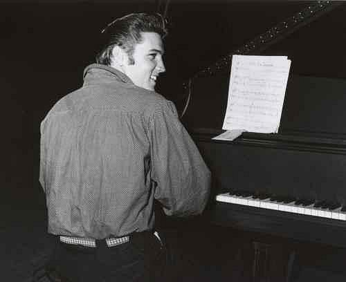 Elvis Presley 2: Návrat z vojny a filmové propadáky