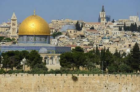 Informací není nikdy dost aneb Nebe a dudy - Izrael a Libanon