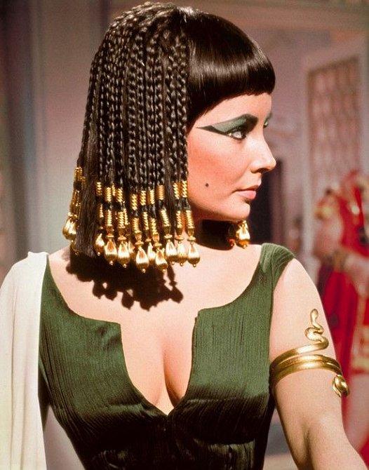Jedna z nejslavnějších rolí Elizabeth Taylor - Kleopatra.