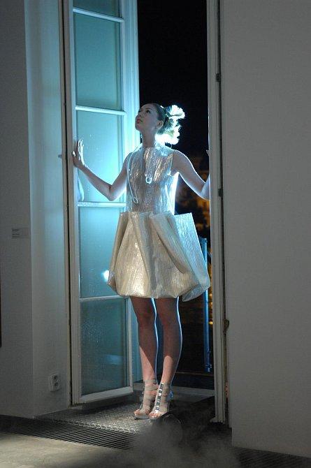 Módní show TIMELESS NIGHT Liběny Rochové