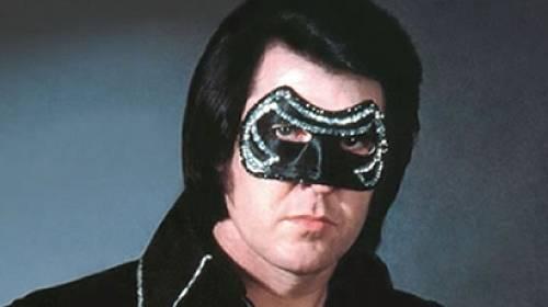 Žije Elvis?