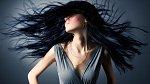 Krásné vlasy jsou vizitka každé dámy.