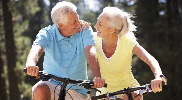 Být senior neznamená být nepoužitelný, nepohybující se stařešina.