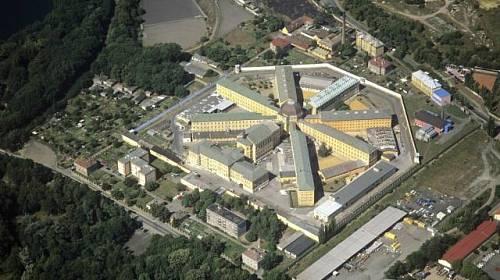 <p>Letecký snímek věznice Plzeň - Bory</p>