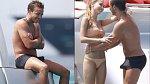 Fotbalista Mario Götze byla natolik vzrušený z dovádění s přítelkyní Kathrin-Ann Brommel, že to bylo všem patrné na první pohled
