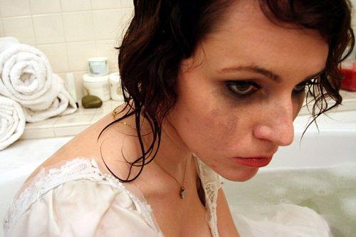 Příběh Evy: Obtěžuje mě tchán. Už to dlouho nevydržím