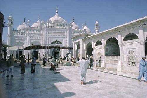 Cestování, Pakistán