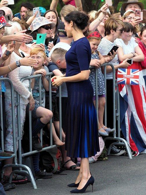 Modrá sukně všem vyrazila dech.
