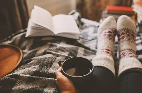 Velikonoce podle Norů - pohoda, teplý čaj a dobrá detektivka.