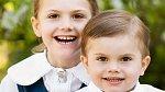 Estelle a Oscar zdárně sekundují dětem z britské královské rodiny.