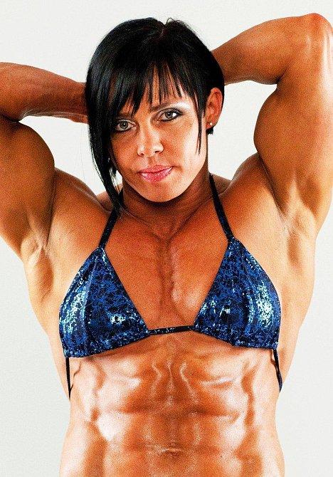 Rene Campbell, UK, dvojnásobná matka, chce být svalnatější než většina mužů.