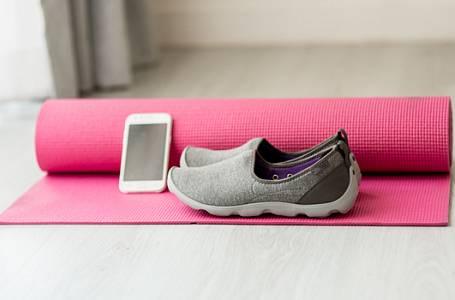Začněte cvičit jógu, budete se sebou spokojeni!