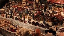 Stánky plné vánočních lákadel