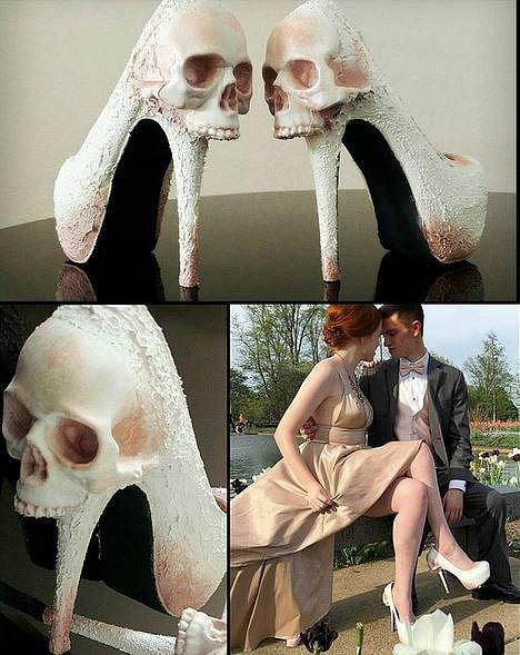 Tyhle neuvěřitelné BOTY VYRÁBÍ ZUBAŘKA! Milují je nevěsty, pornoherečky i úchylové!