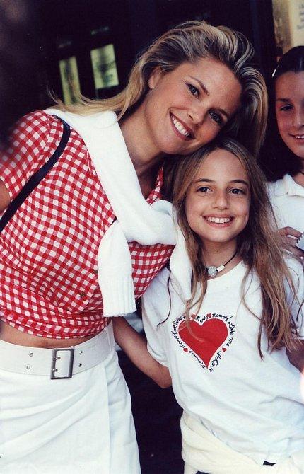 Chtistine s dcerou v roce 1994.