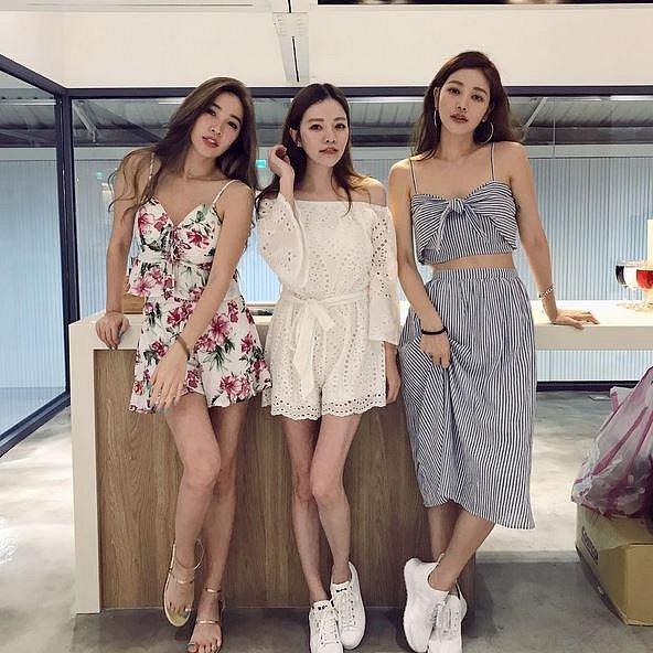 Lure Hsu se svými sestrami, všechny tři vyhrály genetický jackpot! A navíc tvrdí, že za jejich mladistvým vzhledem je pití vody, mnoha litrů vody...