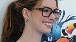 Ošklivka Katka? Nikoli. Překrásná Anne Hathaway