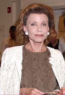 Katharine Rayner - 7,8 miliard dolarů - Katharine se zkrátka narodila do správné rodiny. Její dědeček s podnikáním v médiích začal, Katharine se po zdědění svého podílu rozhodla spíše pro charitativní činnost.
